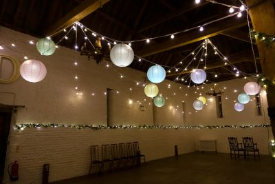 Ufton Court Festoon Random Loops with Lit Lanterns
